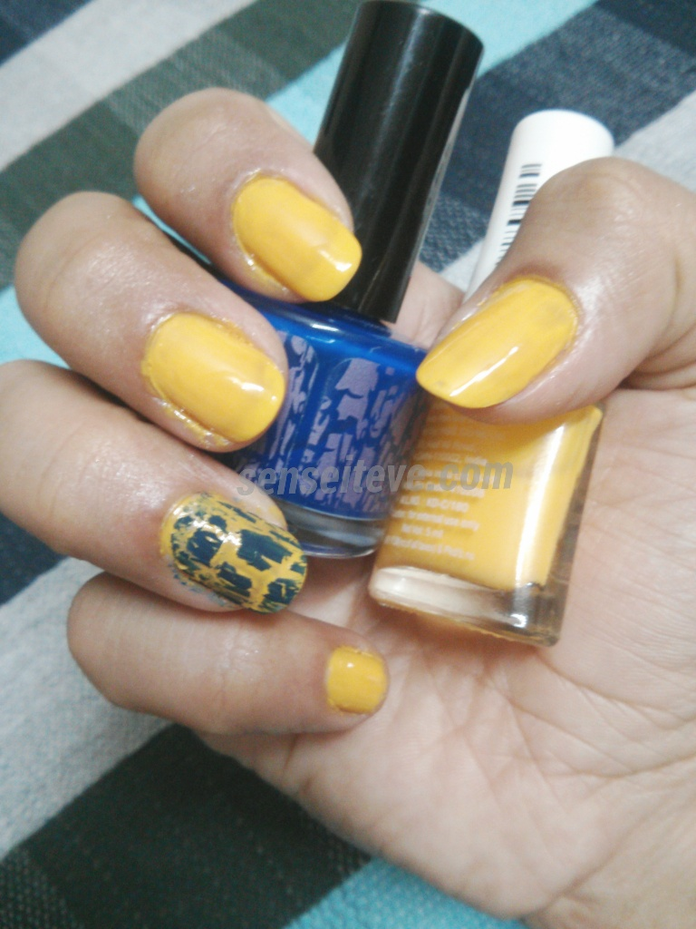 Oriflame Graffiti Nailpaint Top Coat Blue NOTD