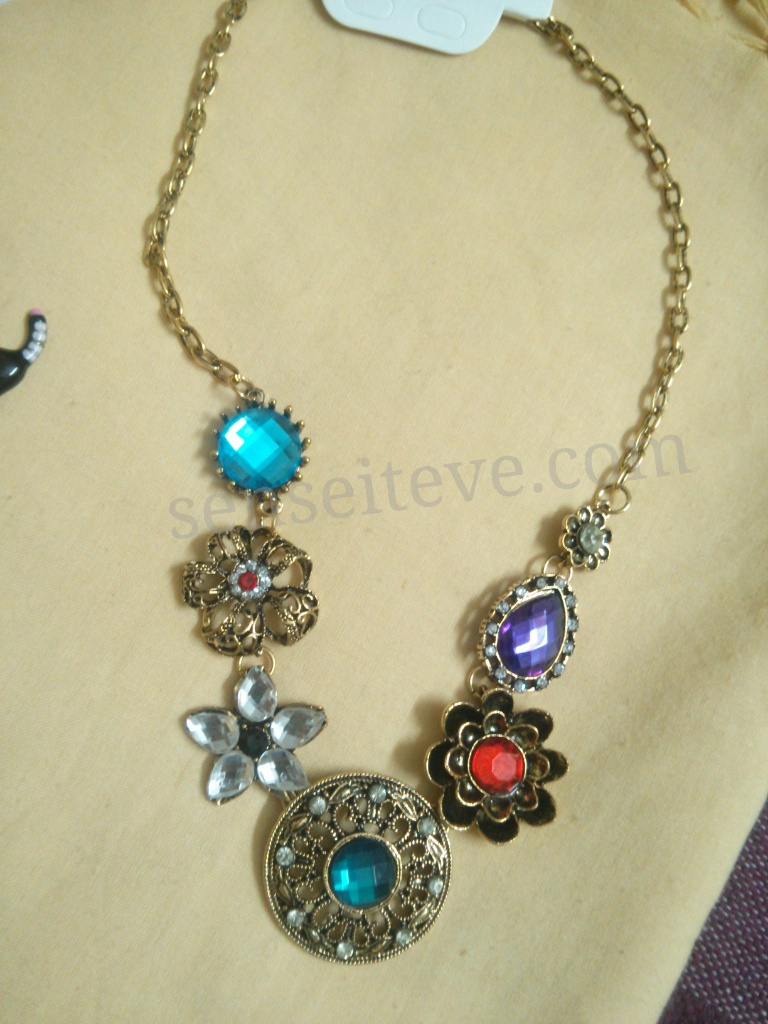 Accessories_Necklace