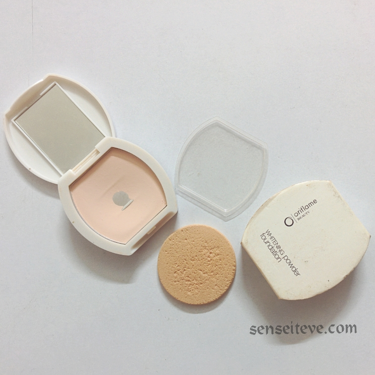 Oriflame Beauty Whitening Powder Foundation Review