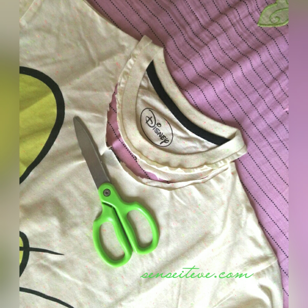 DIY Make Your Regular T-shirt Chic_Step 1
