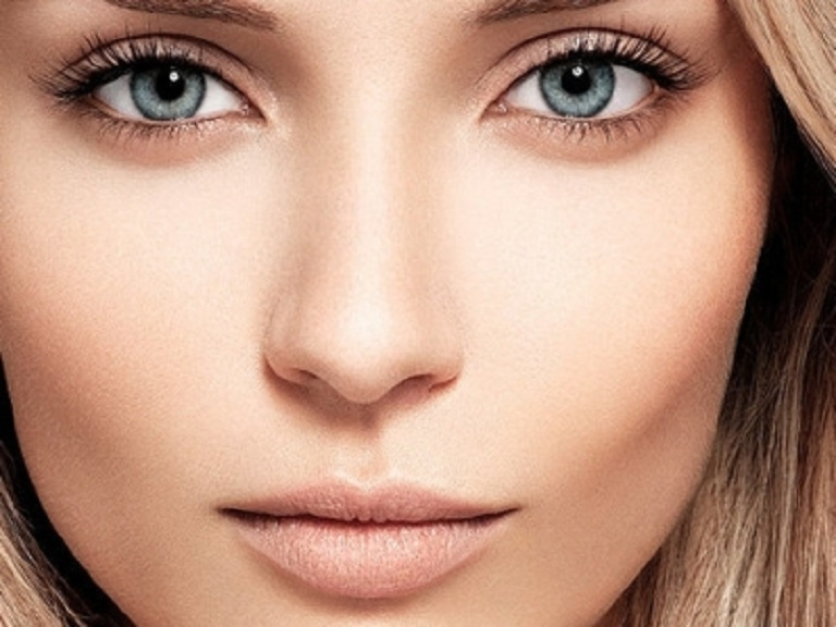 Trend-Series-6-Barely-There-Makeup-Look-1