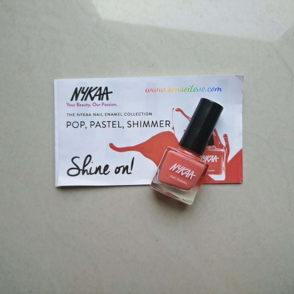 Fabbag March 2016_Nykaa Nail Enamel Strawberries & Cream