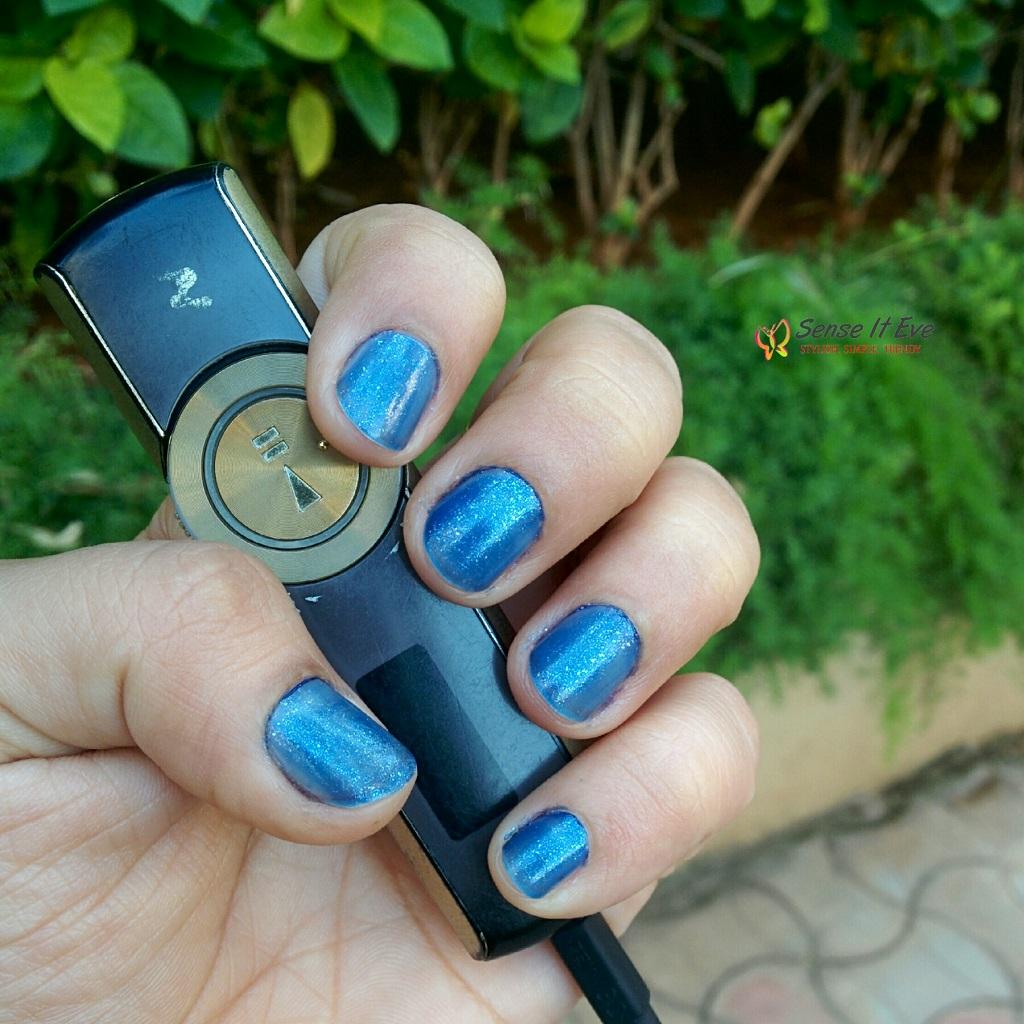 avon-nailwear-pro-nail-enamel-celestrial-blue-swatches-2